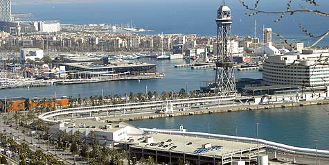 Barcelona port repair ship